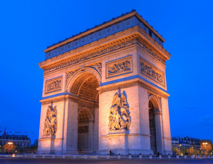 Триумфальная арка (Arc de Triomphe Paris-in-1000 by Anirudh Koul on flickr.com)