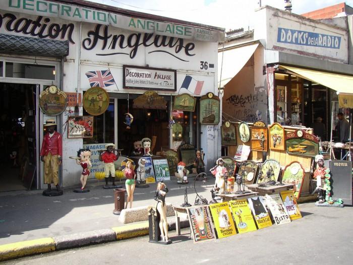 Блошиные рынки Парижа весьма атмосферны (Marche aux Puces 08 | Shadowgate | Flickr)