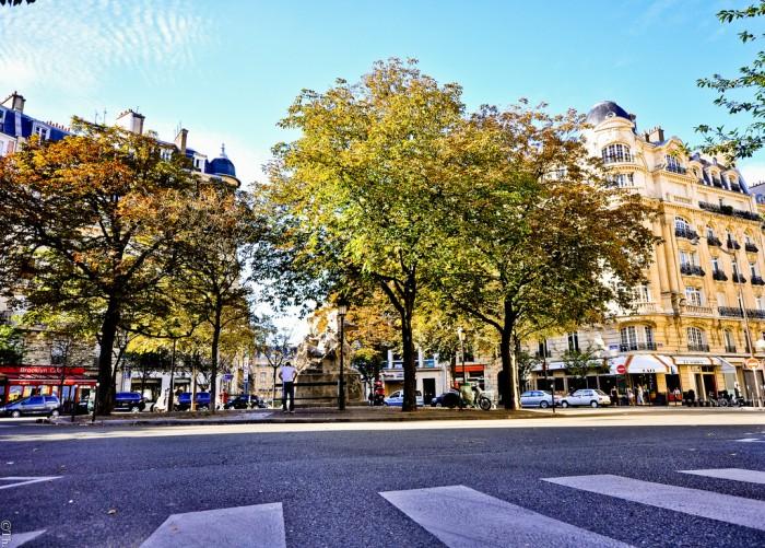 В августе Париж - весь в вашем распоряжении (EmptyStreetsParisInAugust-13 | idirectori | Flickr)