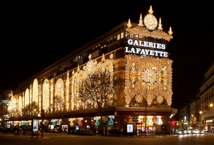"""Галери Лафайет"" в Рождество (Galeries Lafayette, Paris 