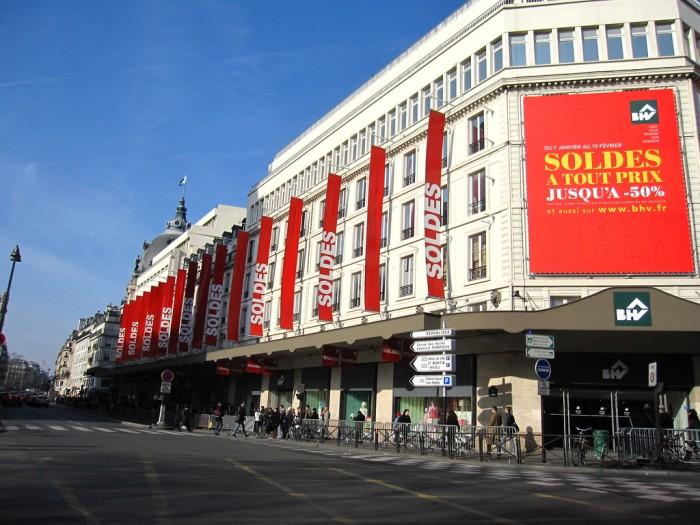 Распродажи - главный секрет успешного шоппинга в Париже! (Soldes at BHV! | erin & camera | Flickr)