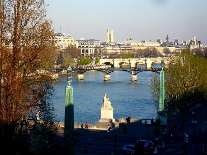 Париж в марте потихоньку просыпается после зимы (Paris March 2009 | HerryLawford | Flickr)