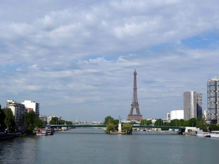 Vue sur la Seine (PARIS,FR75) by jean-louis zimmermann on Flickr
