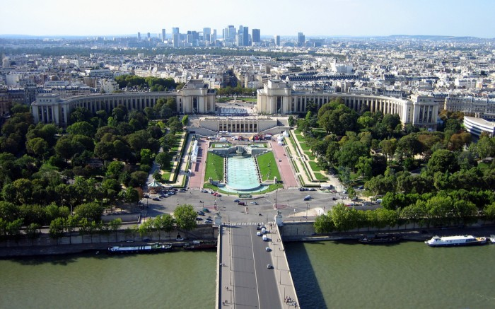 Palais de Chaillot By ☺Yoshi@ Flickr