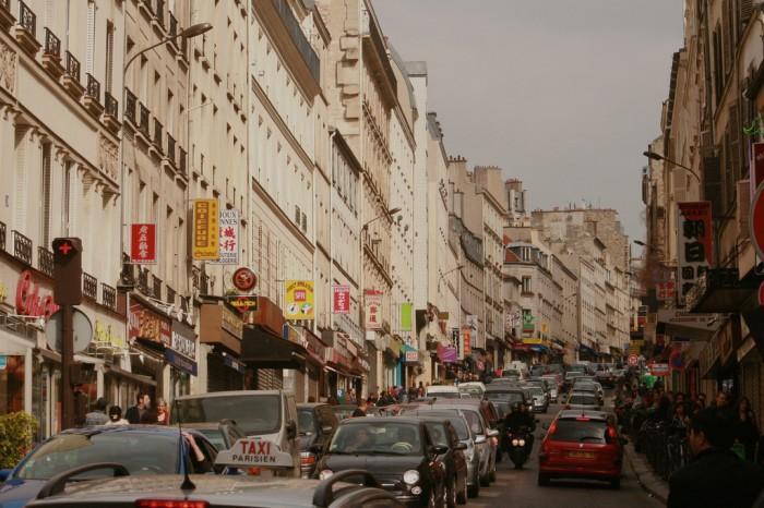 Rue de Belleville By Akuppa@ Flickr